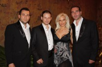 Трио Тенорите с фолк-дивата Емилия